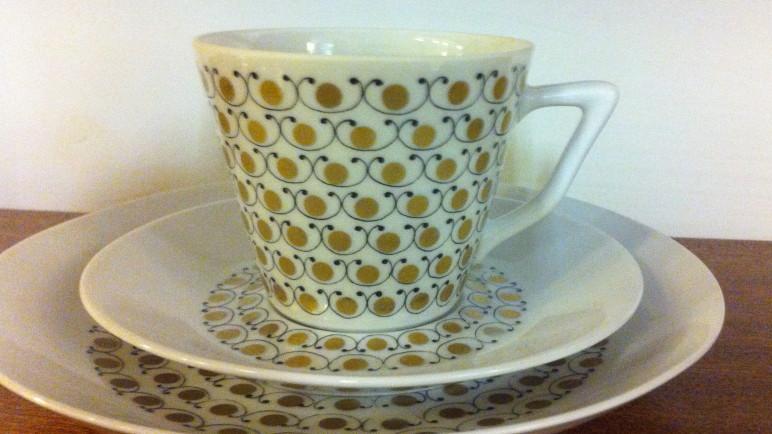 KAHVIKUPPI / COFFEE CUP / MEKKA / ESTERI TOMULA