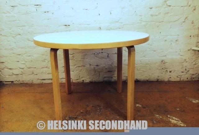 ARTEK / PÖYTÄ / TABLE / 90A