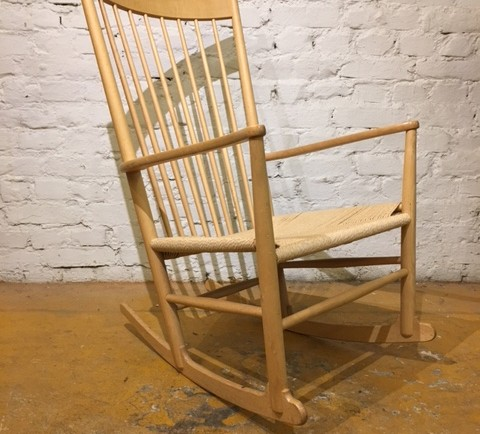 MYYTY! SOLD ! / HANS J WEGNER / KEINUTUOLI / ROCKING CHAIR