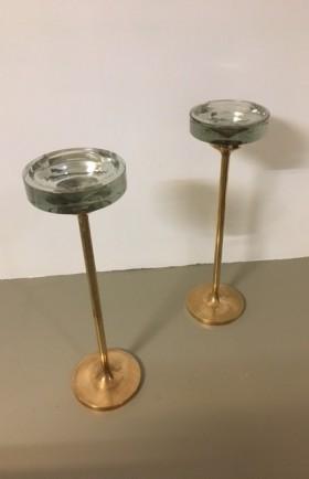 MYYTY! SOLD! / 2 x tuhkakuppi / valettu pronssi / nuutajärven kristallilasi