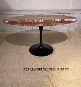 EERO SAARINEN / TULPPAANI / SOHVAPÖYTÄ